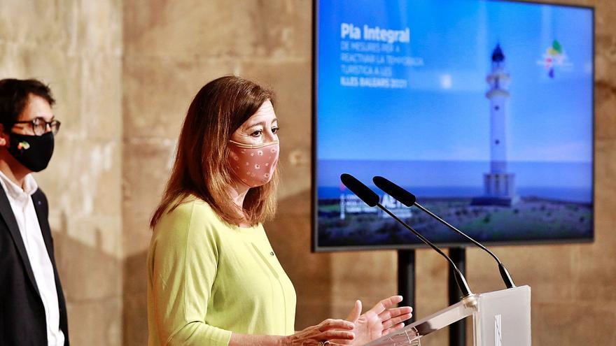 El Govern pagará 100 euros por persona para fomentar el turismo entre las islas