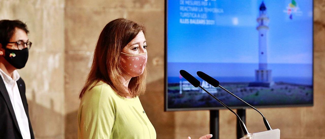 La presidenta del Govern, Francina Armengol, durante la presentación del Plan de Reactivación Turística.