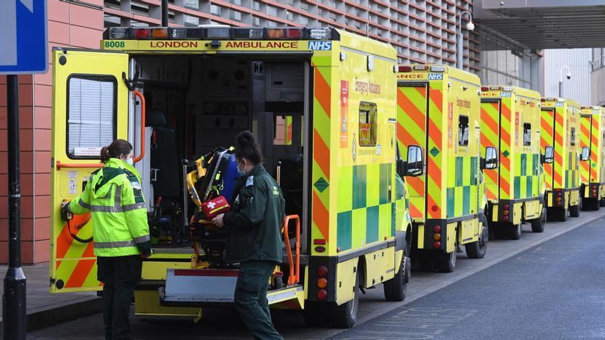 Reino Unido suma otros 54.990 casos de coronavirus