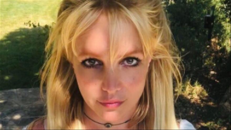 El pare de Britney Spears va punxar el seu telèfon i la va gravar a l'habitació