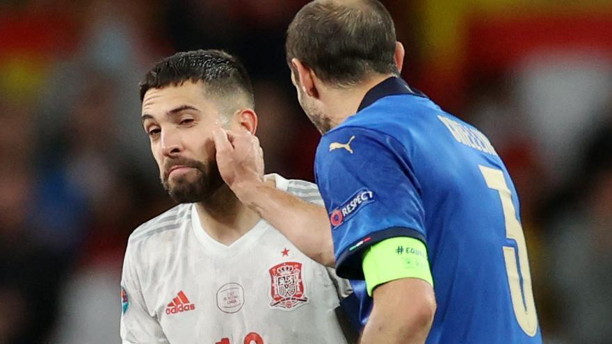 La opinión del día sobre la Eurocopa, el Oviedo y Sporting: Covid, Coca-Cola y Chiellini