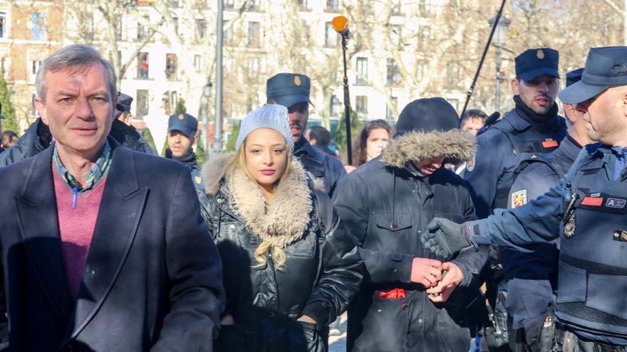 La líder de Hogar Social será juzgada por islamofobia contra la Mezquita de la M-30 de Madrid