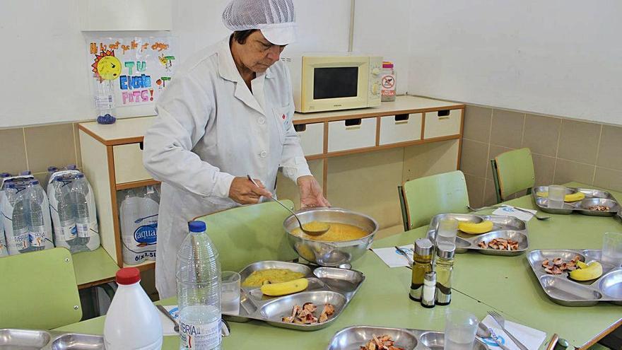 Educació destina 73,4 milions d'euros per a les beques de menjador del pròxim curs
