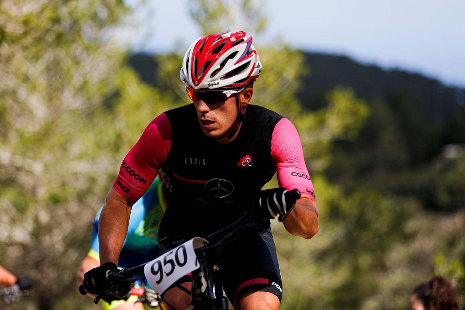 Victorias para Francisco José Medina y Laura Ríos en el Trofeo BTT Portinatx