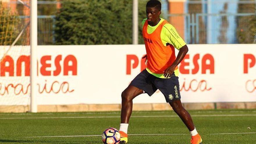 El Villarreal decidirá el futuro de N'Diaye tras el Mundial