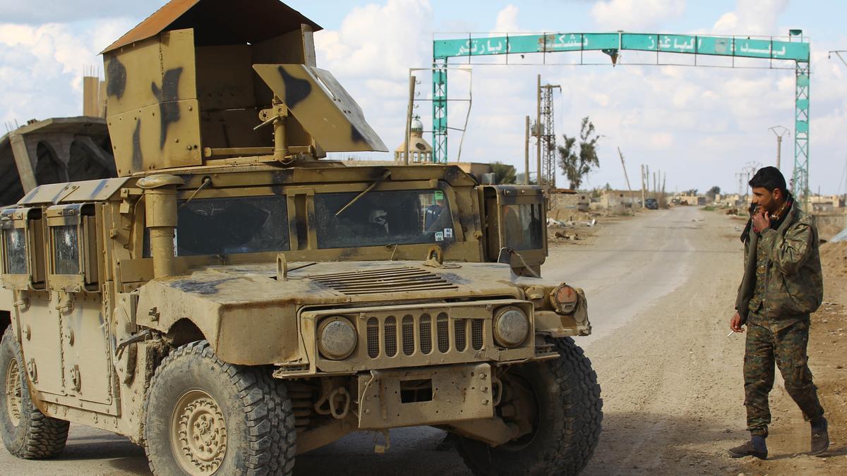Un miliciano de las FDS en Baghuz, Siria.