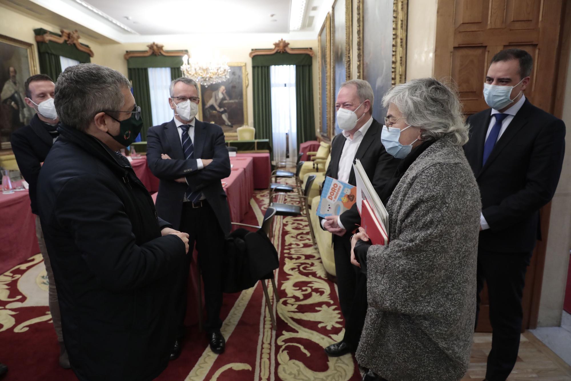 Visita del Secretario de Estado de Medio Ambiente al río Piles y Ayuntamiento