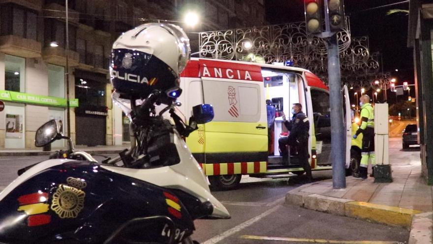 Detenido junto a un cómplice por asaltar a su vecino con un cuchillo en Alicante