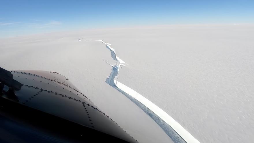 Un iceberg del tamaño del área metropolitana de Londres se desprende en la Antártida