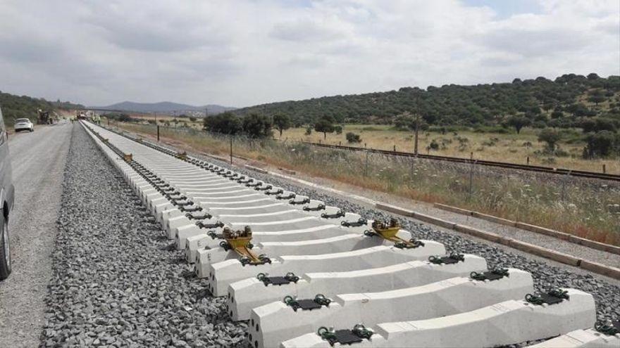 ¿Para cuando estarán conectadas Castellón, Valencia y Alicante por el Corredor Mediterráneo?