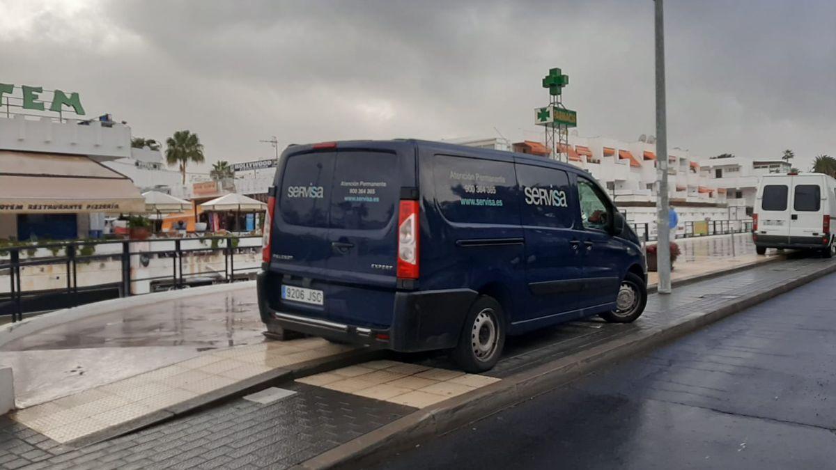 Hallan un cadáver con signos de violencia en Tenerife.