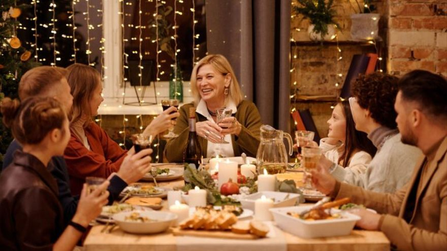 Navidades en familia: ¿Podemos reducir el riesgo de contagio para celebrar juntos las fiestas?