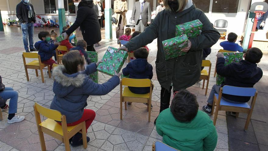 Los Reyes llegan al 'Centro Hogar Infancia' de Cartagena con antelación