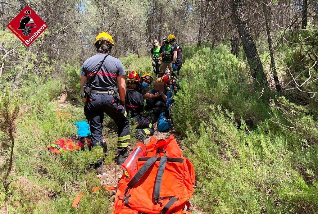 Seis rescates en zonas montañosas de Alicante en tan solo 3 horas