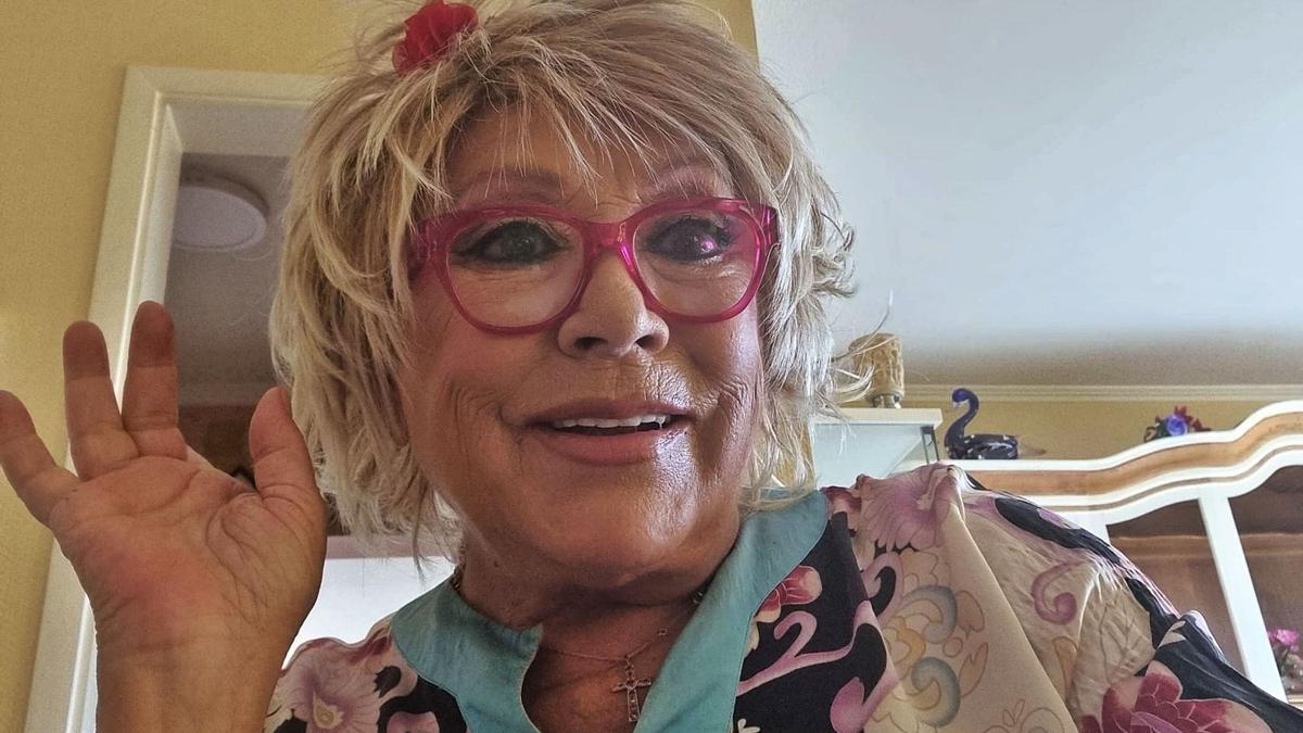 Mary Carmen nació en Cuenca el 4 de mayo de 1943 y logró convertirse en la ventrílocua de habla hispana más famosa. Además, es autora de tres libros.