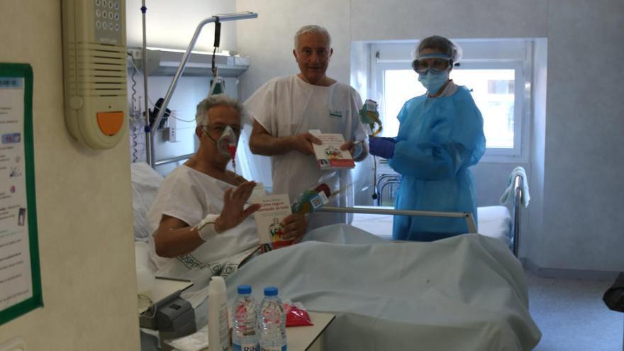 Així viuen Sant Jordi els pacients hospitalitzats per covid-19 a Catalunya