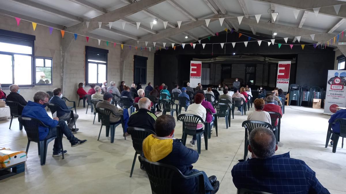 Reunión en San Juan del Rebollar de la España Vaciada