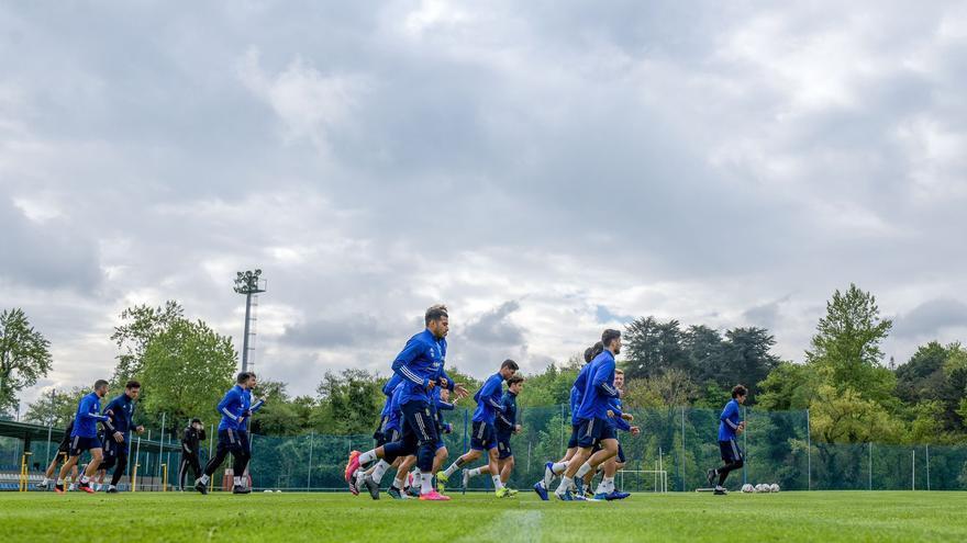 Real Oviedo: Ziganda se lleva a Almería a Sandoval y Álex Suárez, jugadores del filial