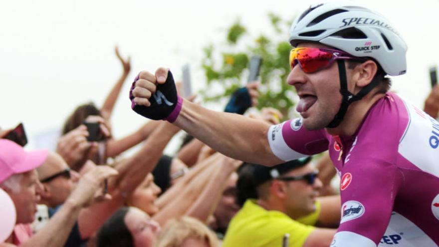 Viviani repeteix victòria en la tercera etapa del Giro
