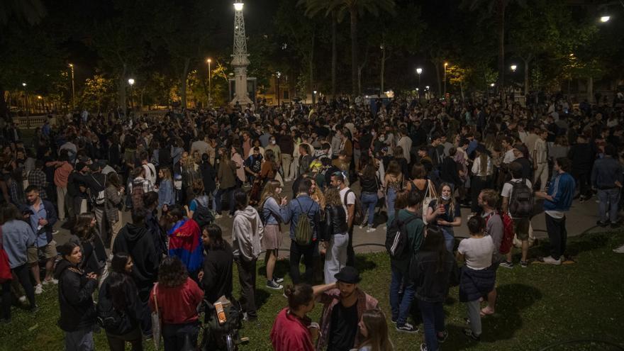 La justicia avala el toque de queda en Cataluña