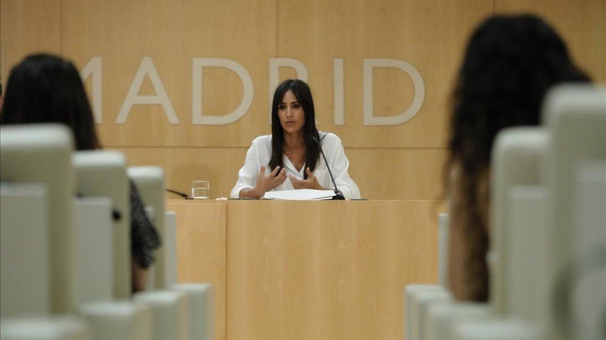 Villacís reclamará formalmente a la Comunidad que implante en Madrid el uso obligatorio de mascarillas