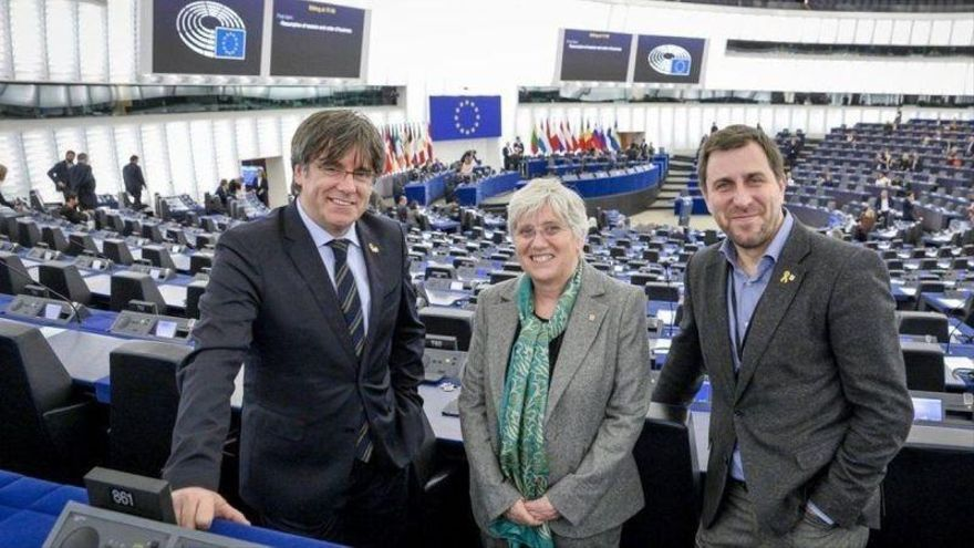 El Parlamento Europeo retira la inmunidad a Puigdemont