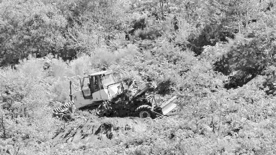 Muere un tractorista en Ourense cuando desbrozaba para la prevención de incendios