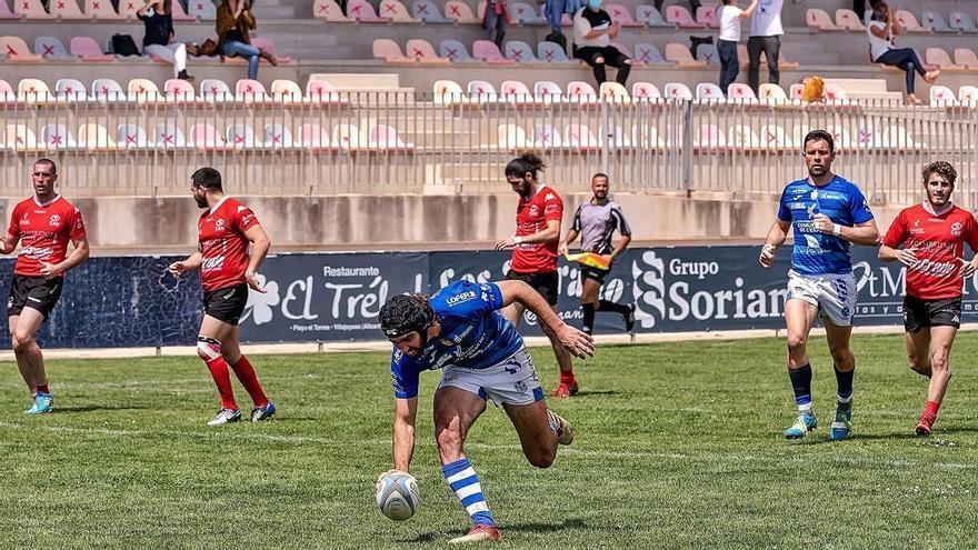 El Rugby La Vila arrasa en División B y luchará por el retorno a la élite