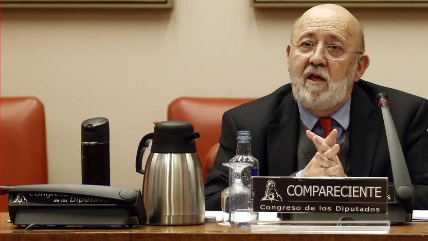 Bolaños elogia el trabajo de Tezanos en el CIS, aunque evita confirmar si continuará
