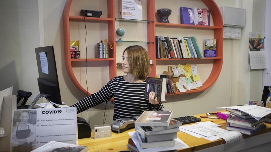 """Un """"amigo invisible"""" para ayudar a las librerías valencianas en tiempos de coronavirus"""