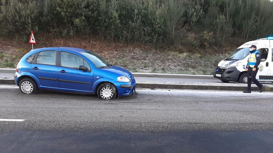 Galicia congelada   ¿Cómo conducir (y controlar el coche) con hielo?