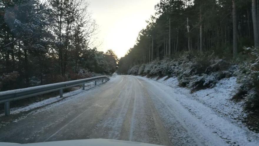 Zamora registra 13 accidentes esta mañana por la niebla y el hielo