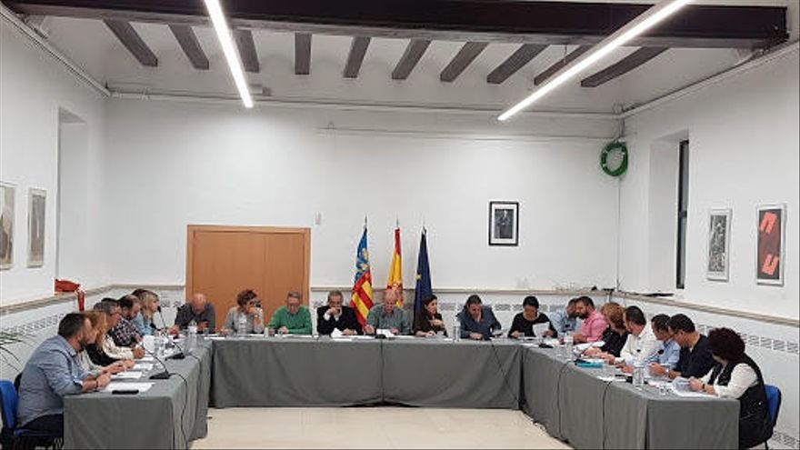 El PSOE critica que el alcalde de Manises anuncie que no cumplirá las mociones