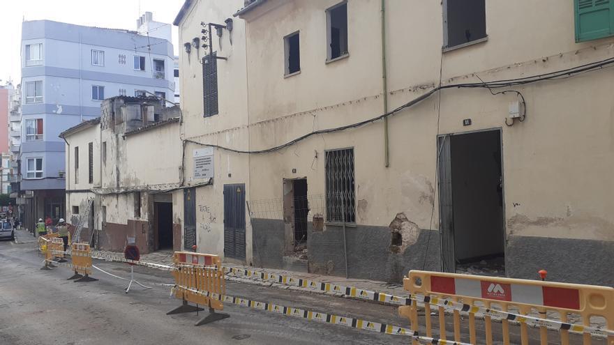 Inca inicia el derribo de las casas ubicadas frente al teatro para crear una plaza