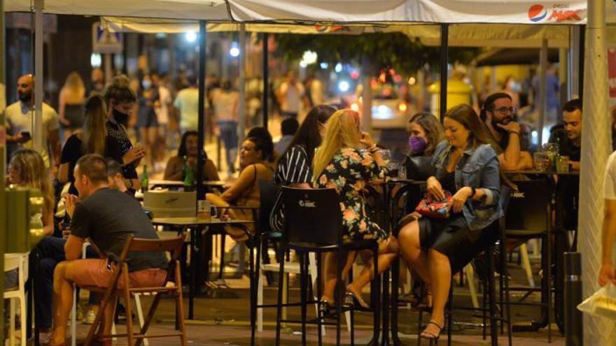 Los hosteleros de Las Palmas se personarán en la causa para defender la ampliación del ocio nocturno