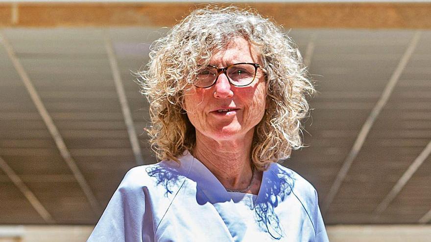 Rosa Louis: En la trinchera contra el SARS-CoV-2