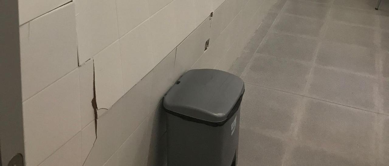 Los daños se reproducen por aulas, pasillos y aseos
