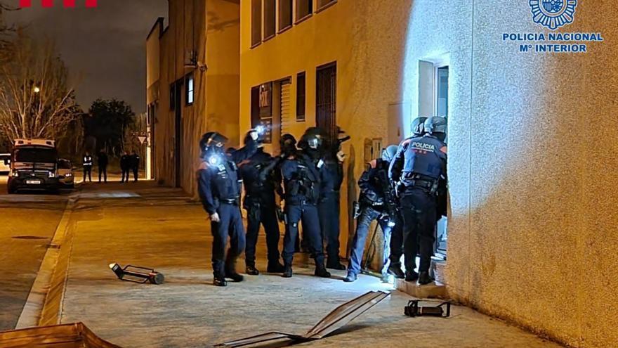 Más de 50 detenidos en un golpe a una red de tráfico de marihuana y blanqueo en Cataluña y Asturias