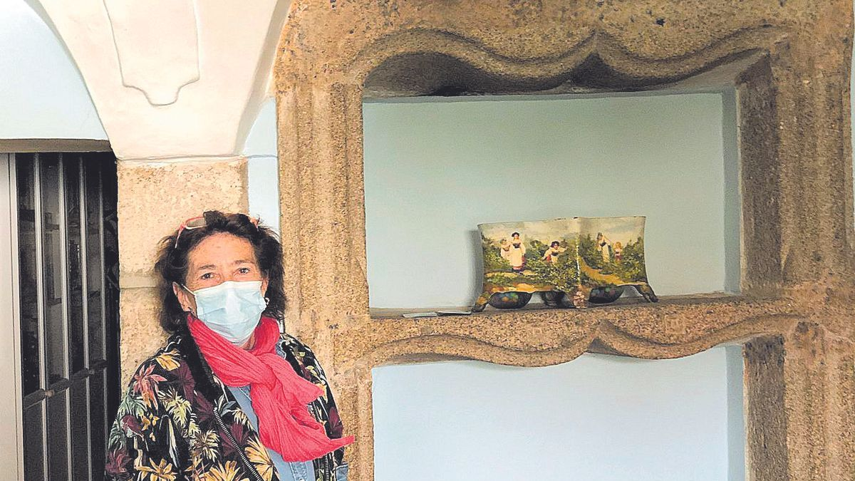Cristina Hernández posa para este diario en su casa rural.