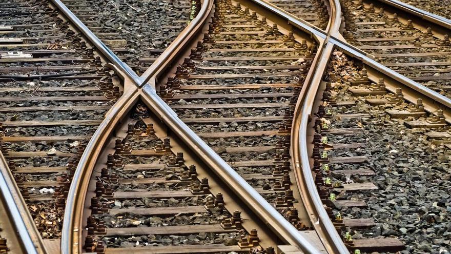Muere un hombre tras ser arrollado por un tren en Lugo
