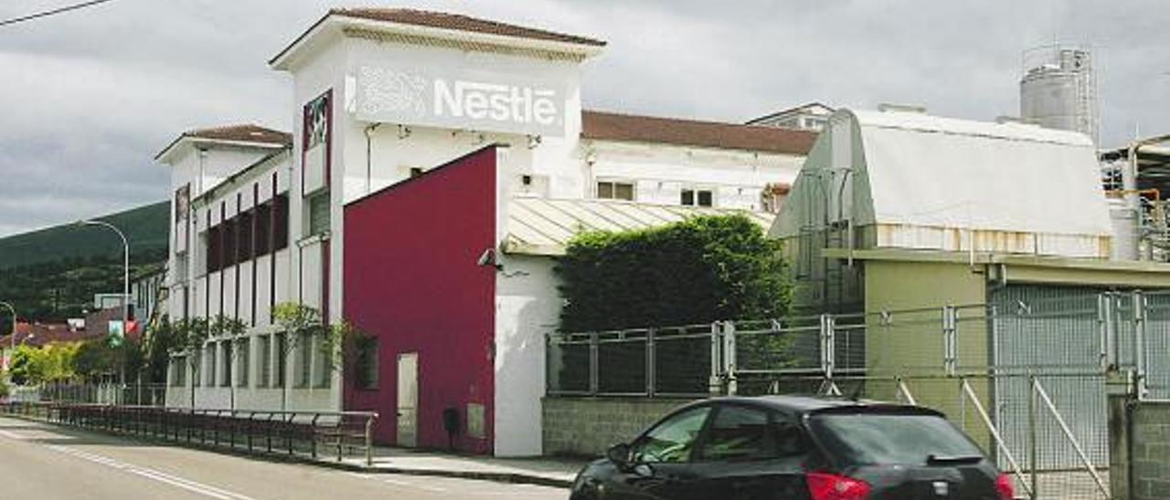 Fábrica de Nestlé en Sevares (Piloña). | A. Espina