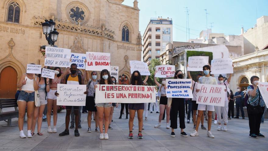 """Alumnos y profesores del conservatorio dicen """"basta"""" a la demora del nuevo centro en Castelló"""