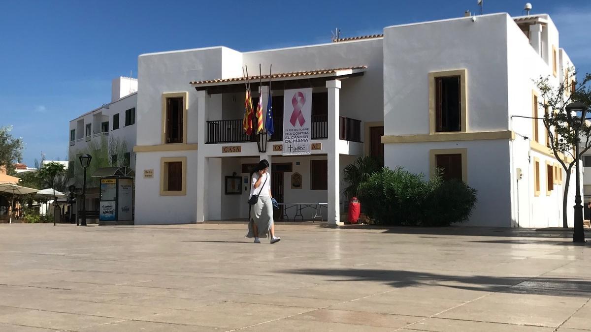 Fachada de la sede del Consell de Formentera