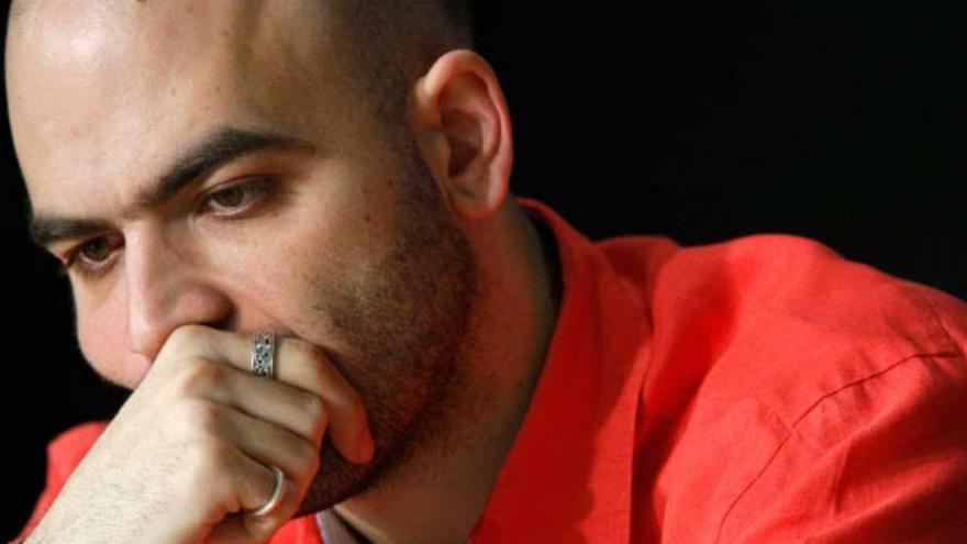 Roberto Saviano: Beso feroz, beso de sangre