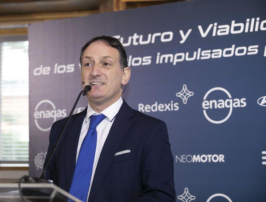"""Imágenes de la jornada """"Futuro y viabilidad de los vehículos impulsados por hidrógeno"""", organizada por Prensa Ibérica."""