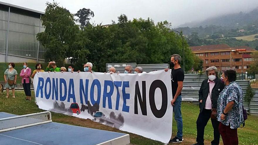 Cinco asociaciones ciudadanas firman un manifiesto contra la Ronda Norte