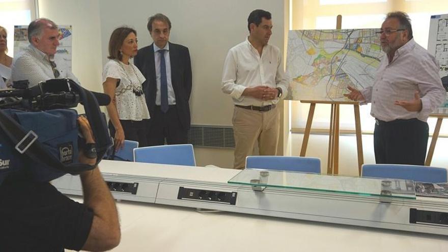 Juanma Moreno defiende la Ciudad Aeroportuaria de Alhaurín