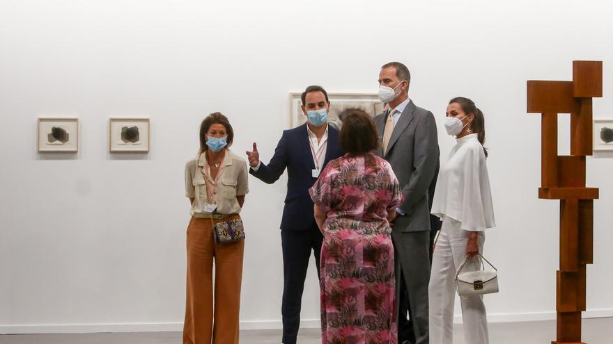 Los Reyes inauguran la feria ARCO más atípica por el coronavirus