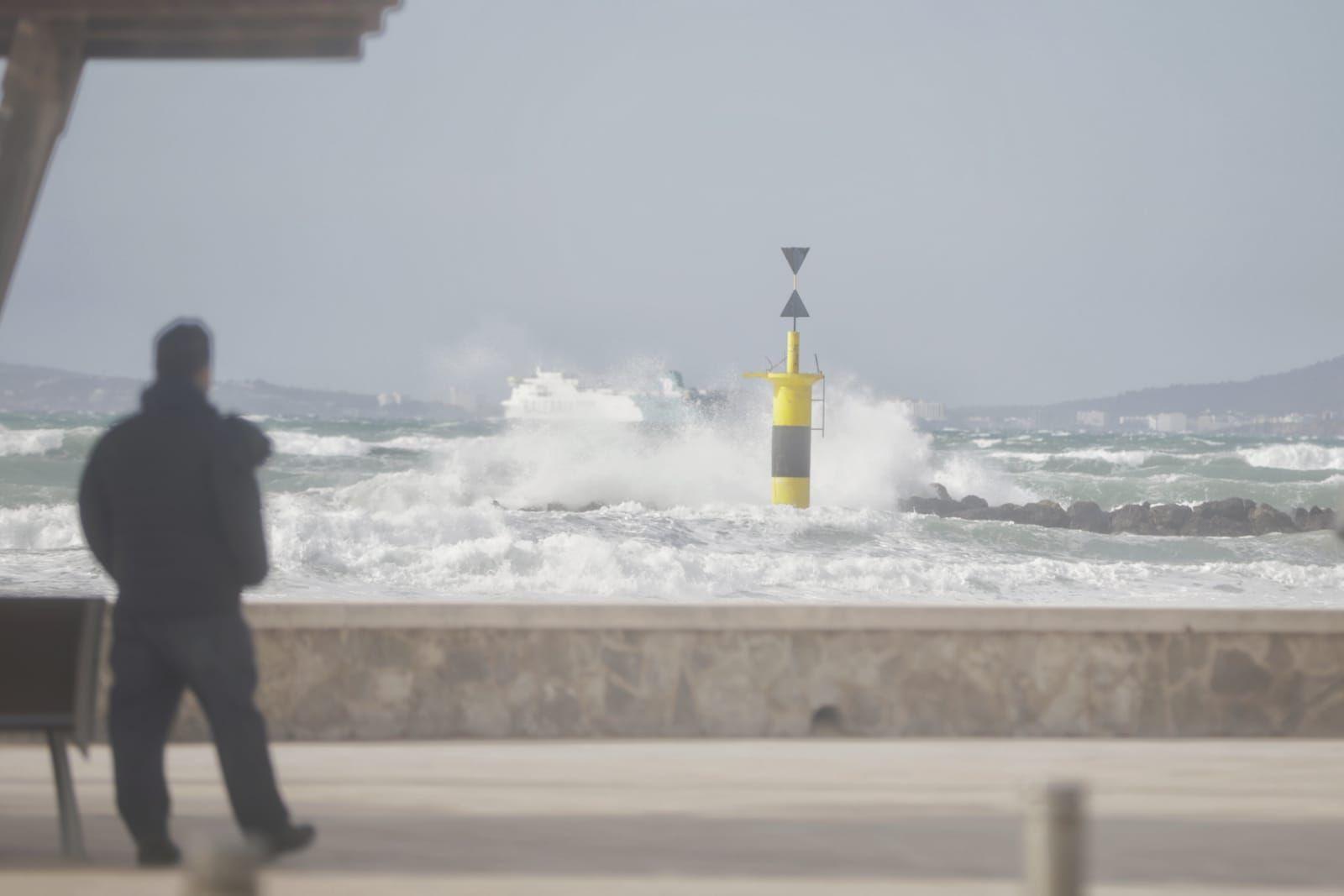 Baleares, en aviso naranja este miércoles por viento, tormentas y oleaje