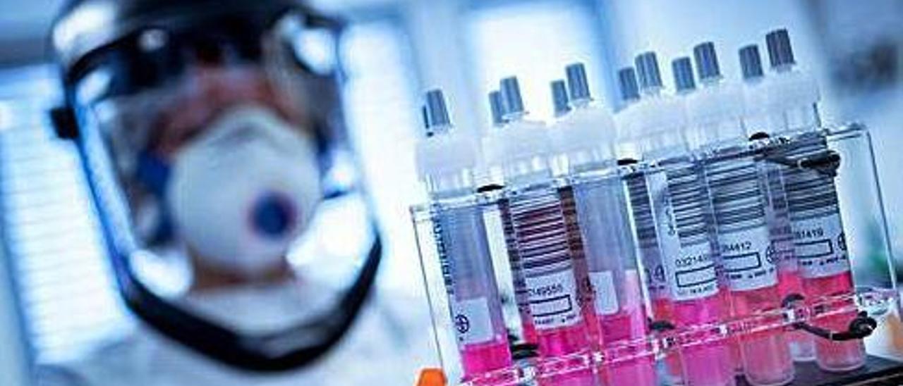 Los estudios apuntan a que la variante sudafricana es más resistente que la británica frente a la vacuna de Pfizer